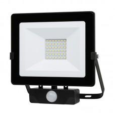 Naświetlacz LED MHNC z czujnikiem 30W barwa CIEPŁOBIAŁA